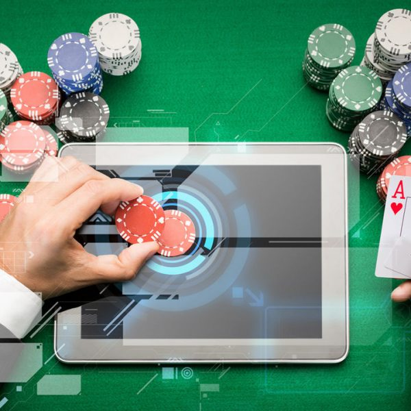 How To Play Poker Games Online