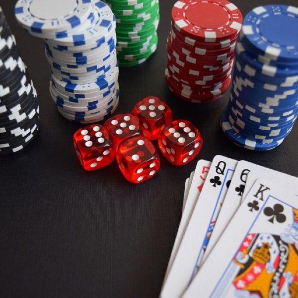 Playing Bandar Poker Pkv Games